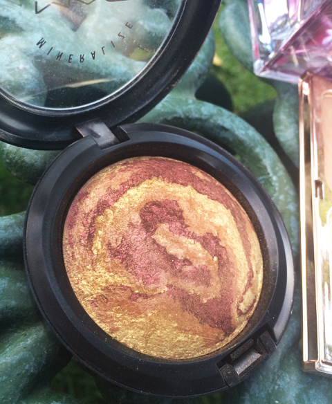 Earthshine MAC Costmetics