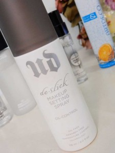 urban decay d-slick setting spray
